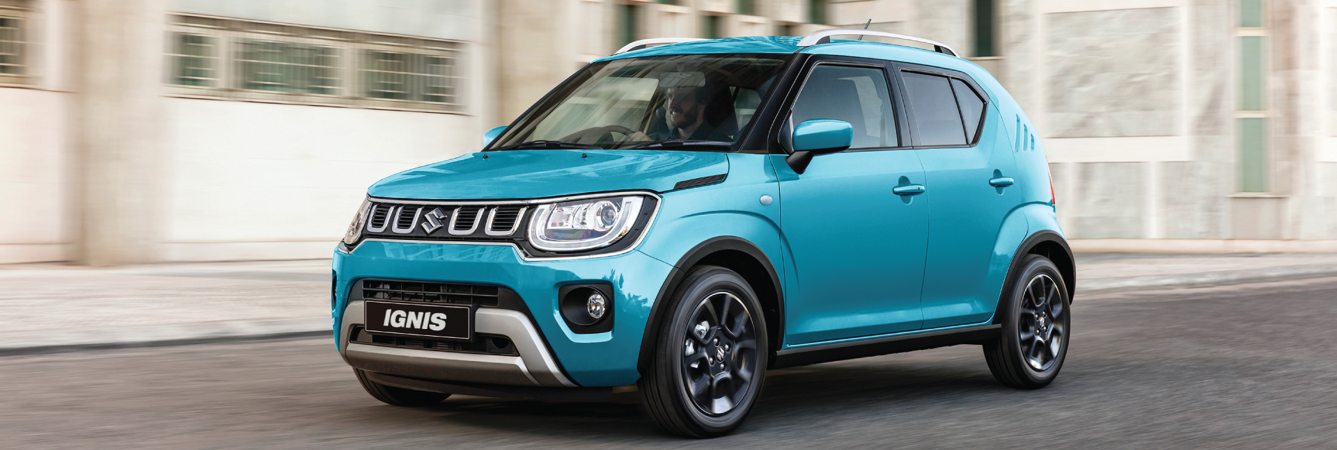 Blue-Ignis-on-the-road