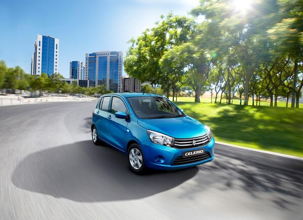 Celerio-Driving-by-Park